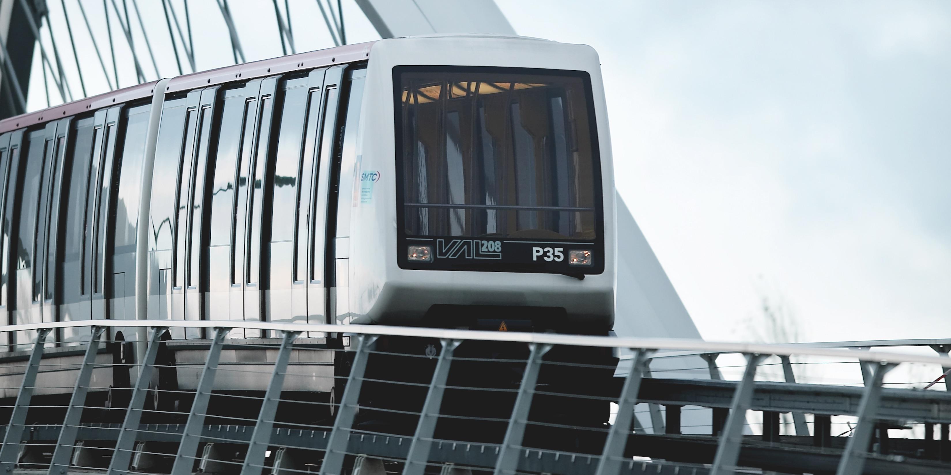 Toulouse Aerospace Express et Connexion Ligne B