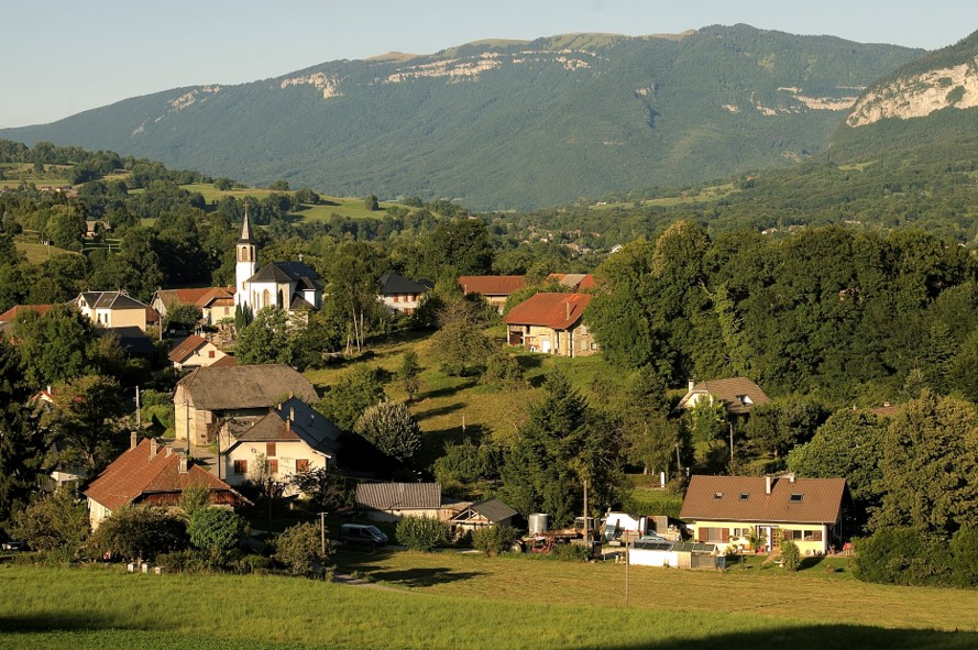 Le Plan Local d'Urbanisme intercommunal (PLUi) de l'Albanais Savoyard concerne 3 communes