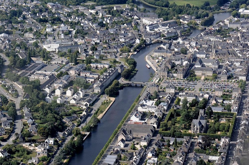 Plan Local d'Urbanisme Intercommunal et zonage intercommunal d'assainissement des eaux usées de Pontivy Communauté